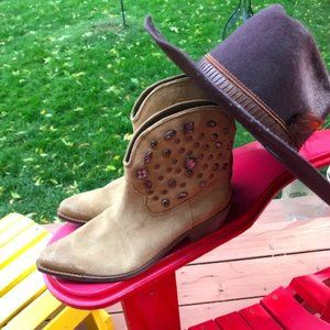 Guess Leather Ankle Cowboy Boots with Crystal Studs - Size 9 NWOT